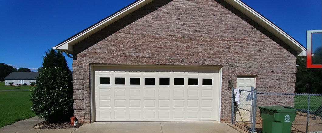GARAGE DOOR SPECIALS CASAR AND SHELBY, NC